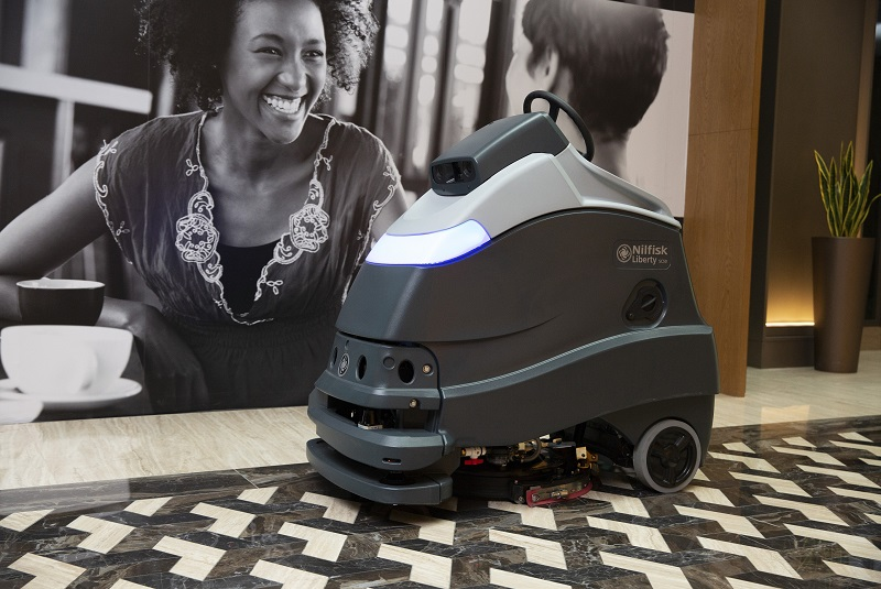 Isnaad tests newly-launched autonomous cleaning machine
