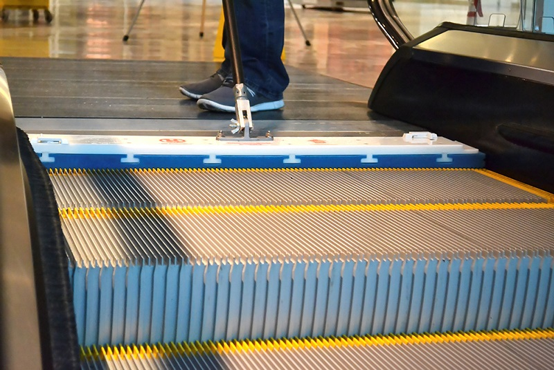 Feature: Escalator and Travelator Cleaning