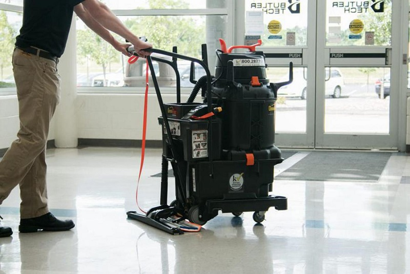 Finding the Right Solution to Clean School Floors