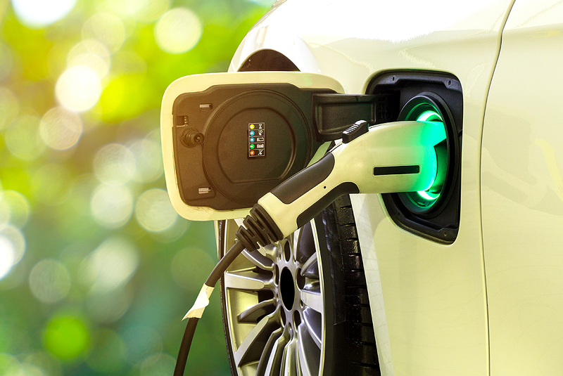 Solvay, Veolia partner to renew lifecycle for electric car batteries