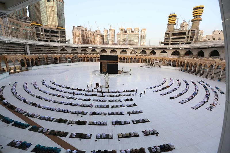 Saudi Grand Mosque to be cleaned 10 times a day