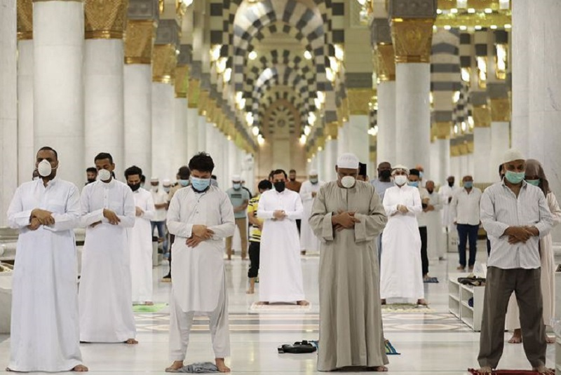 Saudi Arabia: Disinfection plan launched for Prophet's Mosque