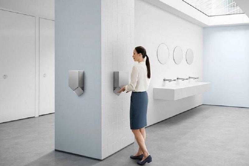 Survey by Dyson: Public Restroom Hygiene Habits
