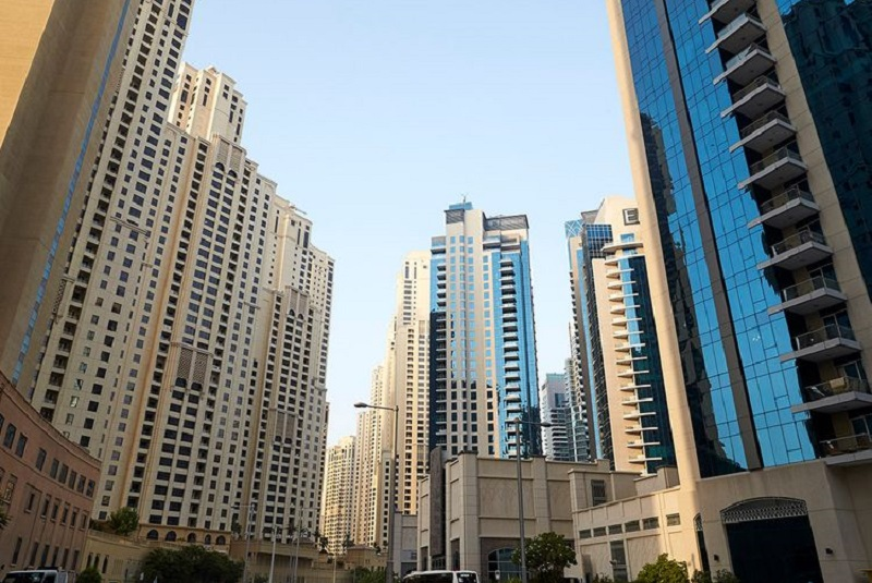 Dubai property owners must pay service fees before renewal