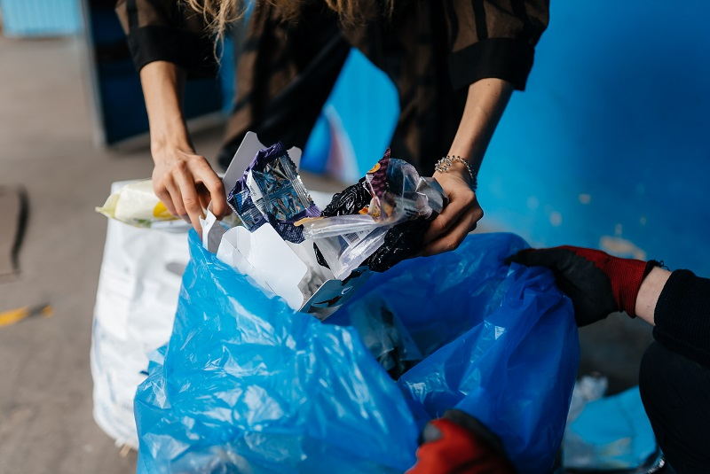 The UAE is getting ready to turn the tide on plastic waste<br><small>- By Mariam Ansari, Director of Plastic Recycling, Averda</small>