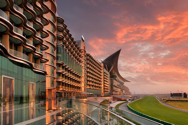 Al Bonian FM signs 3-year contract to deliver Hard FM services at Meydan Grandstand