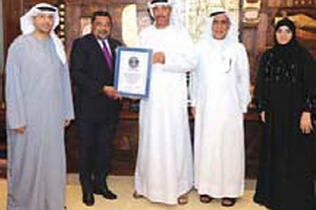 Dubai Municipality, Unilever receive Guinness award for biggest handwashing event